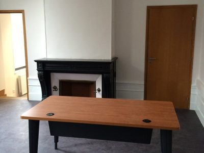 Amenagement-mobilier-de-bureau-12